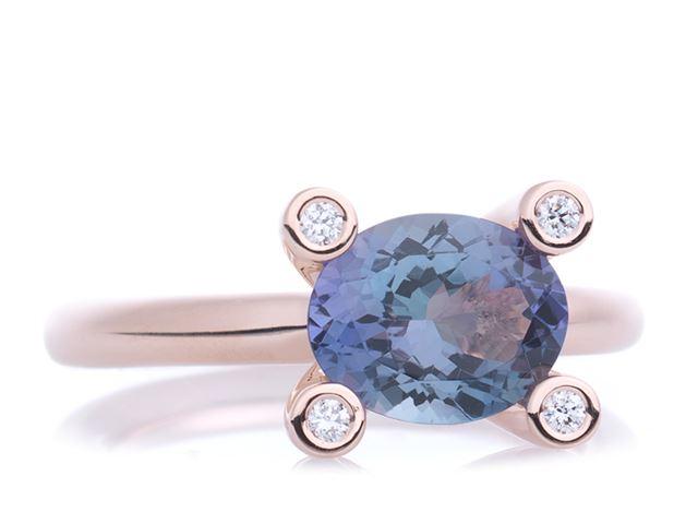 Phlox ring met facet tanzaniet en witte diamantjes - 8RR4820TBBR