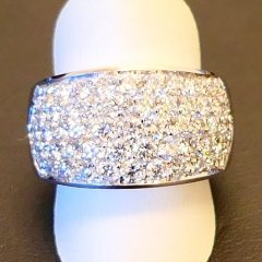 White gold pave